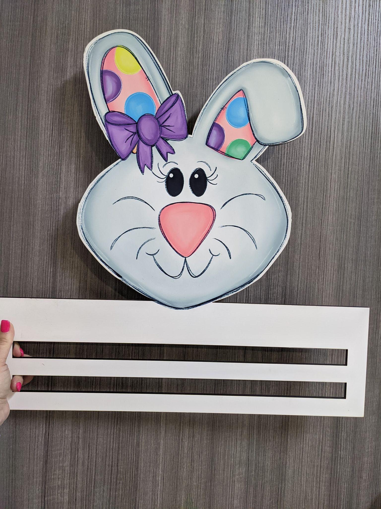 Bunny wreath rail w/ bow