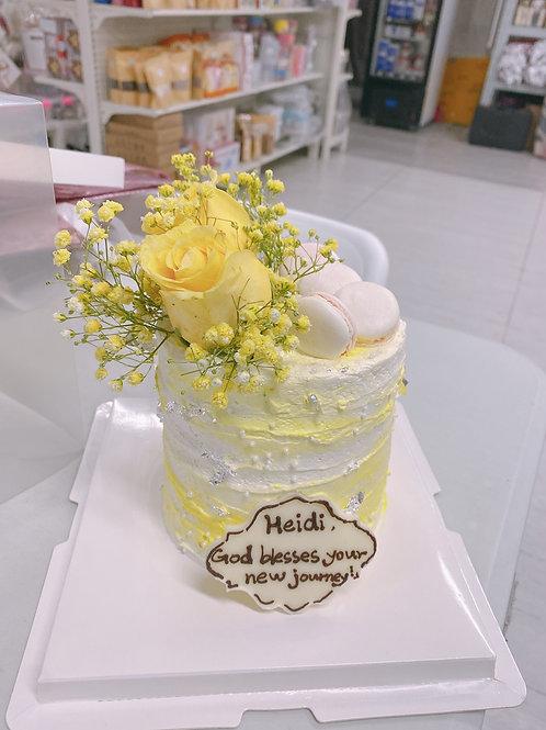 黃玫瑰 馬卡龍配銀箔鮮花蛋糕