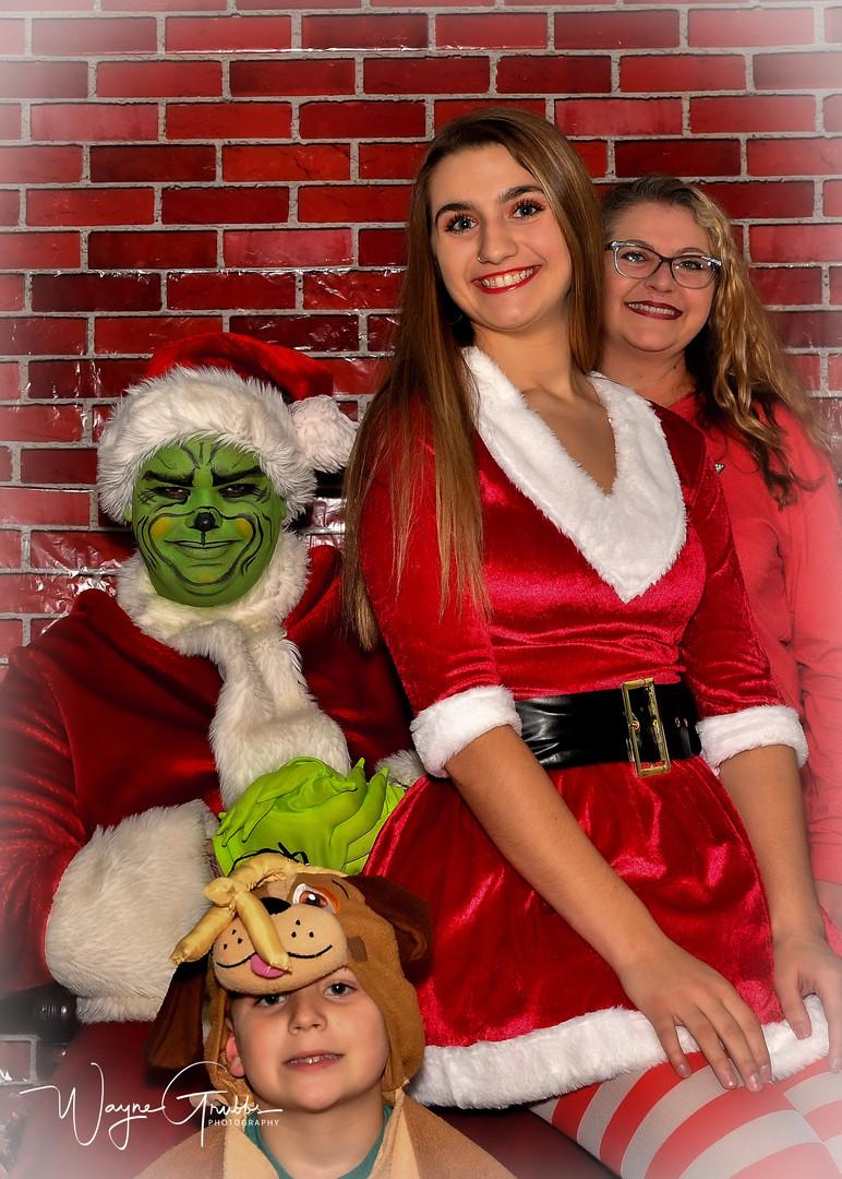 Merry Grinchmas-43-1.jpg