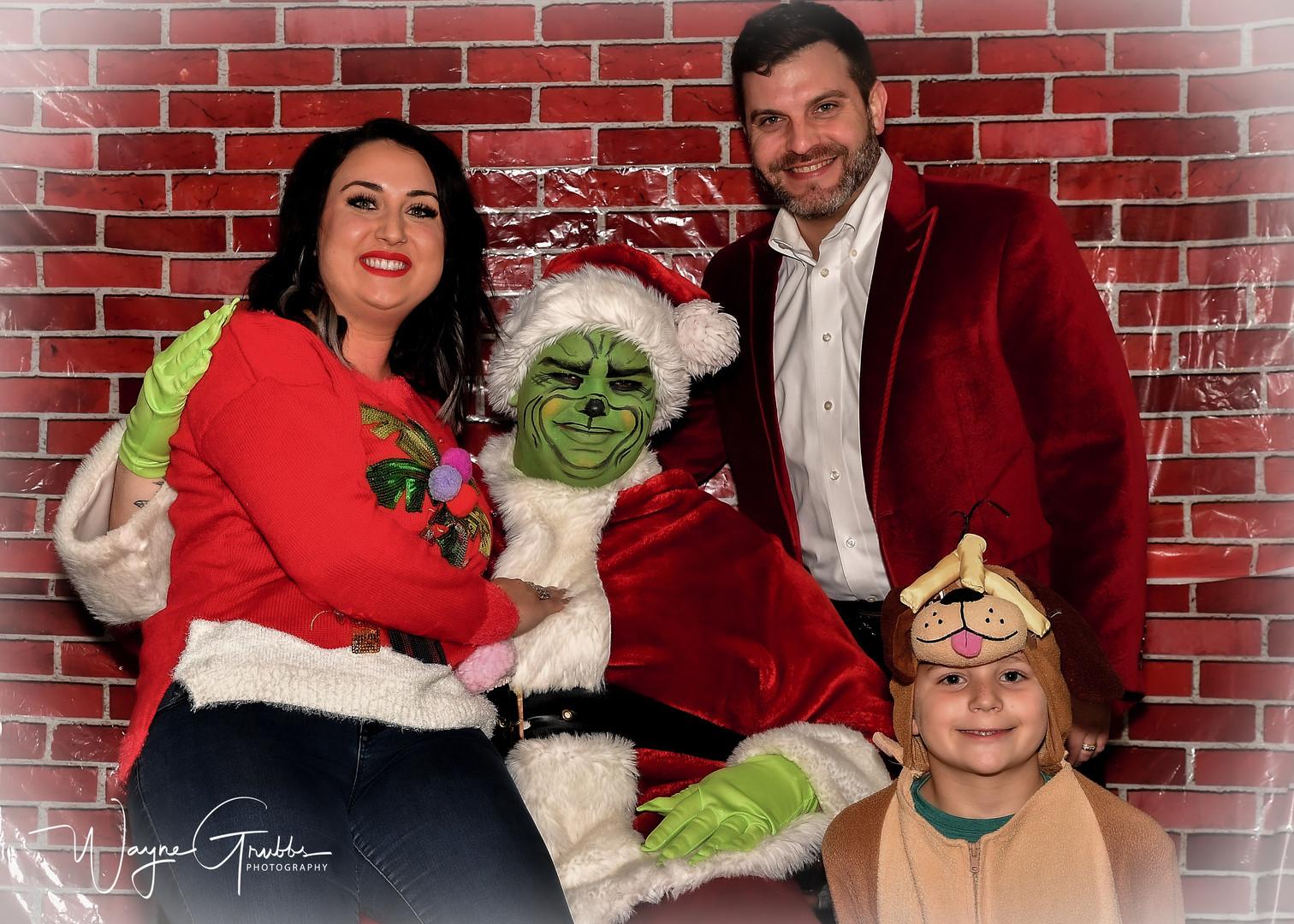 Merry Grinchmas-25-1.jpg