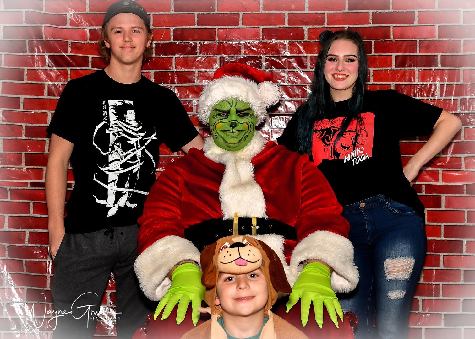 Merry Grinchmas-36-1.jpg