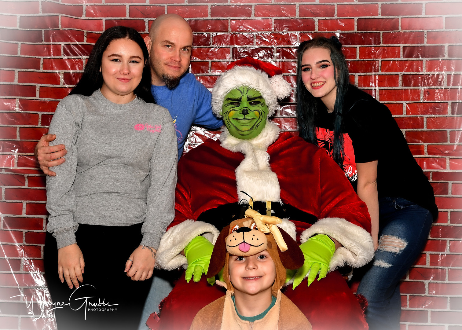 Merry Grinchmas-40-1.jpg