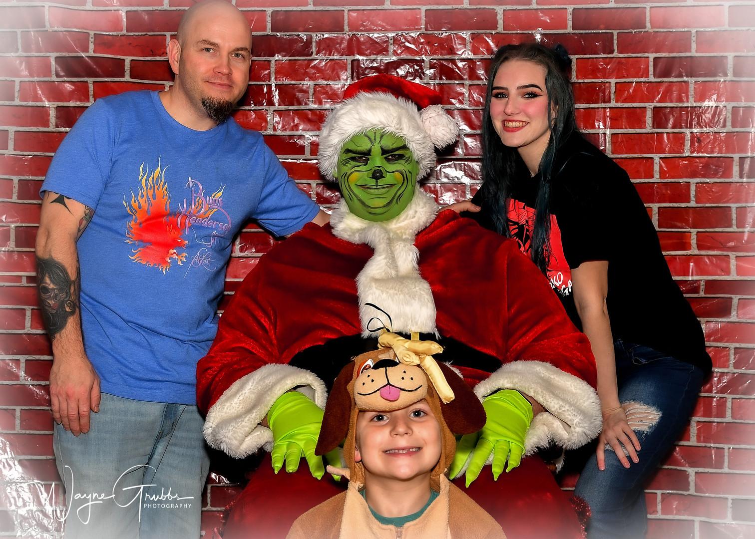 Merry Grinchmas-39-1.jpg
