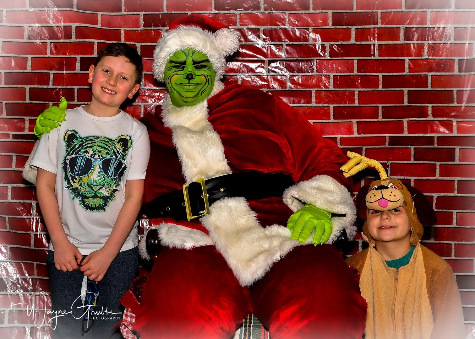 Merry Grinchmas-15-1.jpg