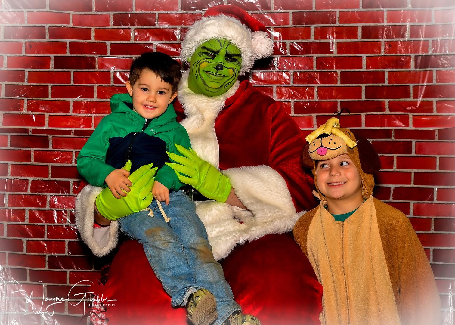 Merry Grinchmas-21-1.jpg
