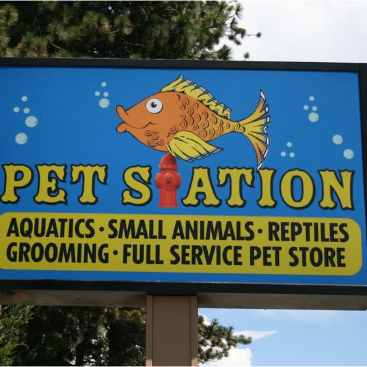 sign pet station.jpg