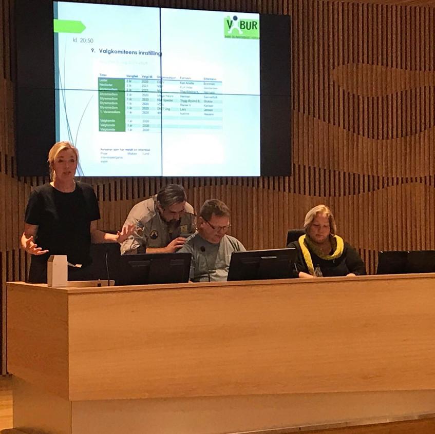 Daglig leder Helle, valgkomite-leder Alf-Arne, nestleder Kurt Vidar og styreleder Kari-Anette.