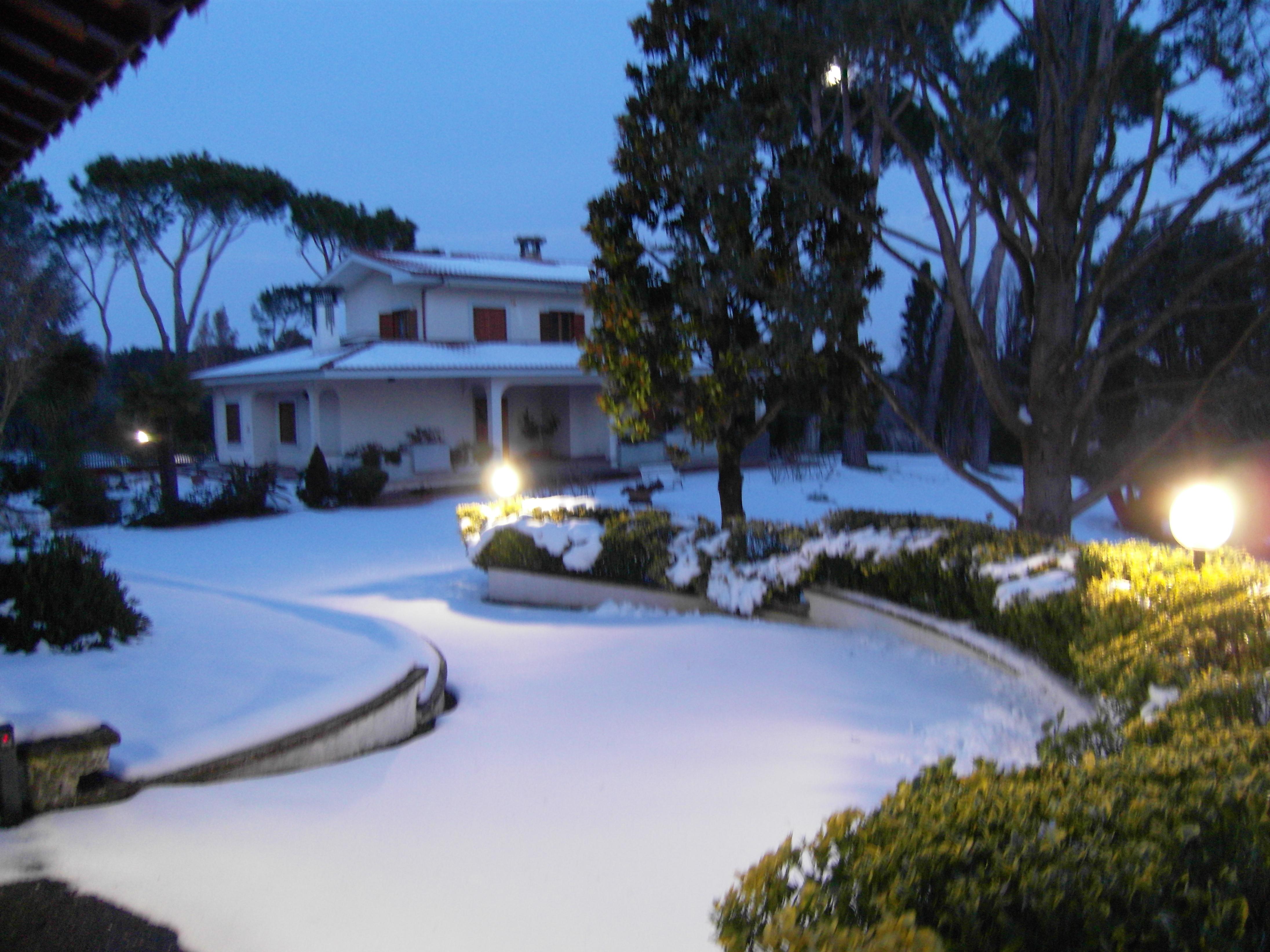 La neve a Villa Chauvet