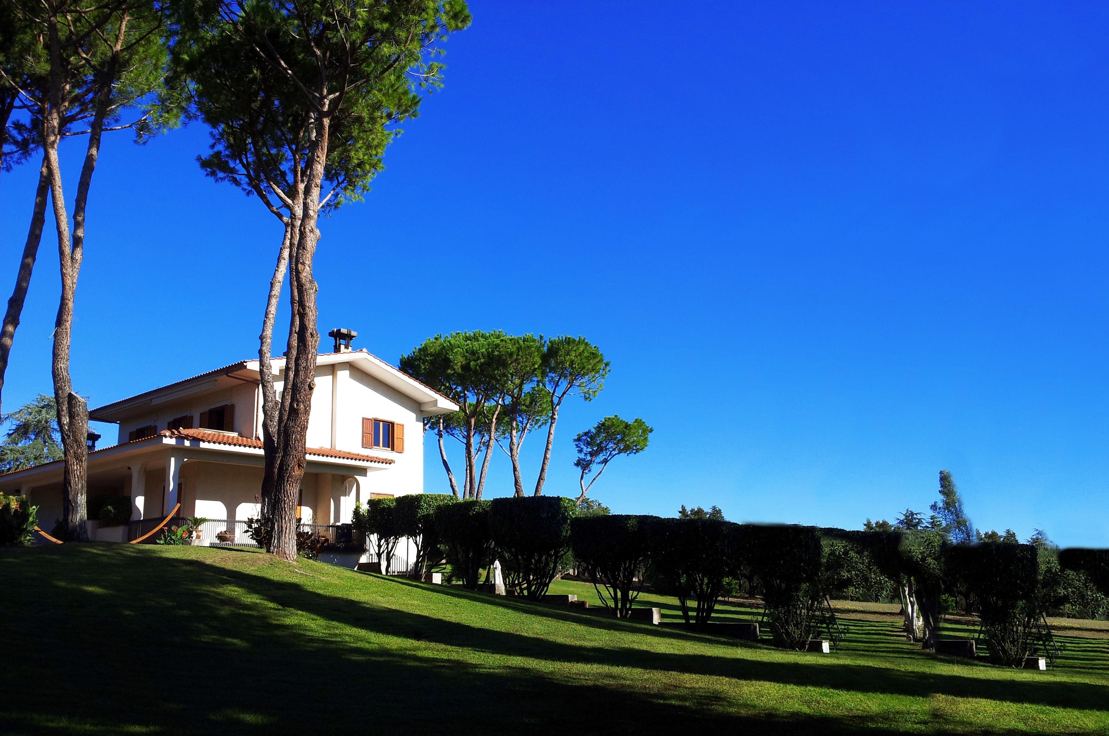 Veduta del parco e Villa Chauet