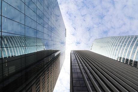 skyscraper-4355187_1920.jpg