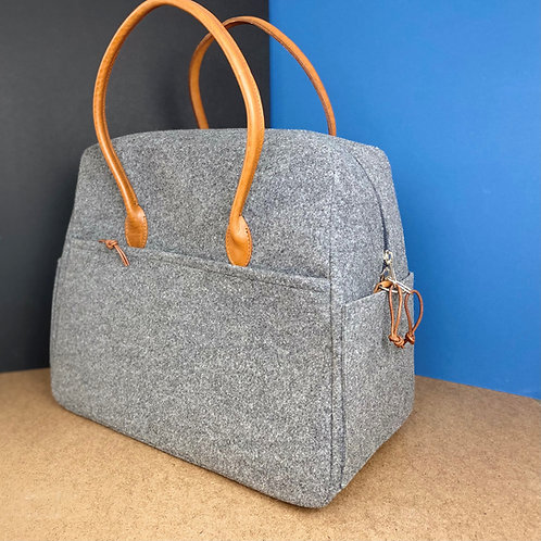 TOTE / WEEKEND BAG - PLASTIC BOTTLE FELT