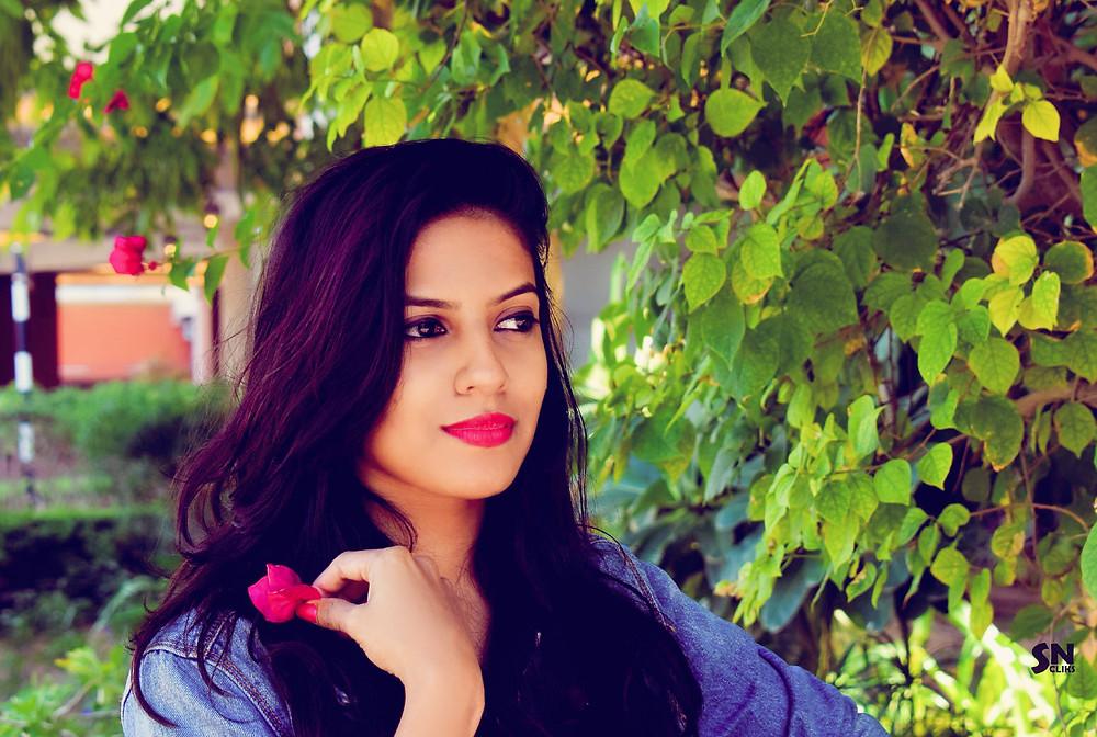 Nisha guest blogger Rose-Minded