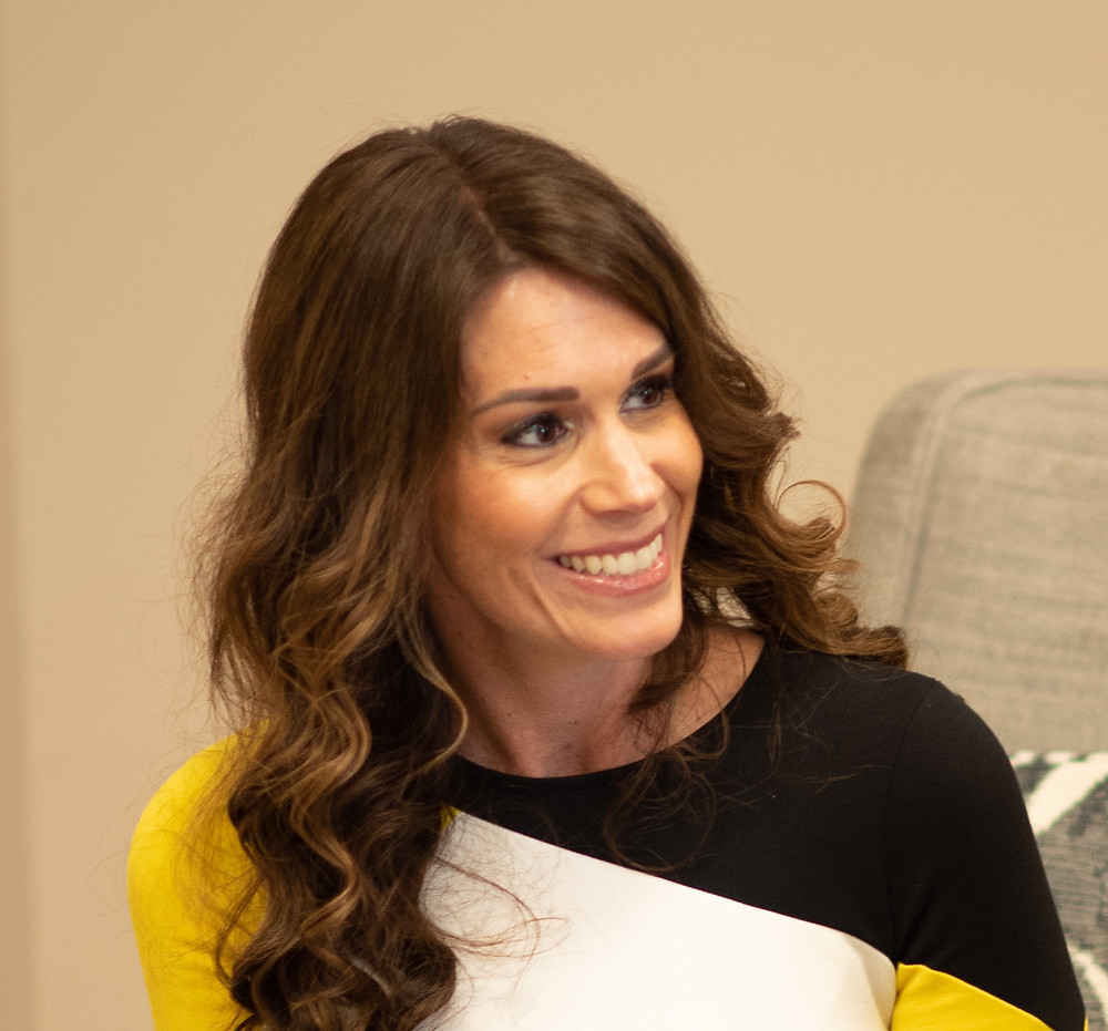 Dr. Lindsay Israel psychiatrist