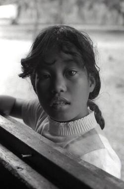 Elmira Yostami-Utrik-1975-------SMALL