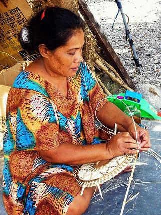 handicraft-maker-at-work.jpg