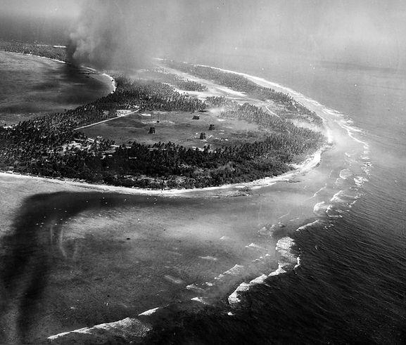 battle of Kwajalein 2 - 1944.jpg