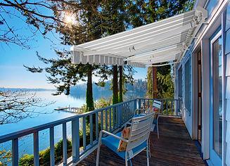 7700s_on_lakeside_blue_cottage.jpg