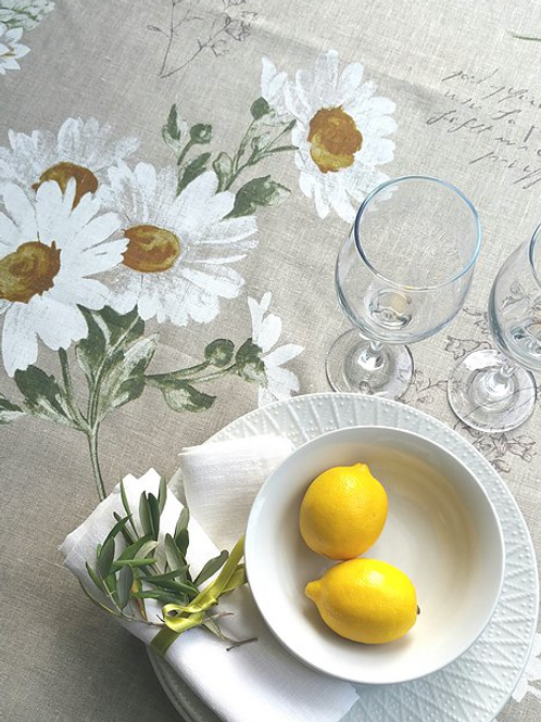 Jolie Marguerite Tablecloth