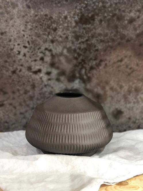 Dash Low Charcoal Vase