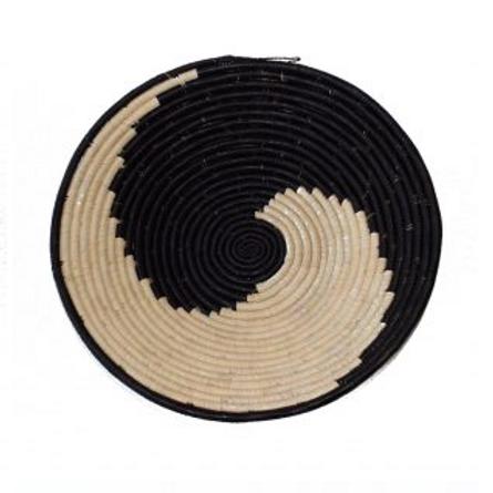 Round Woven Platter ~ Zanzi