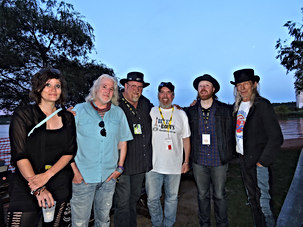 Vivienne Wilder, Jon Brooks, JP Cormier, Sean Pinchin and Bill Bourne.