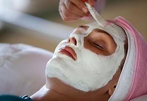 facial-treatment-at-lembah-spa-ubud.jpg