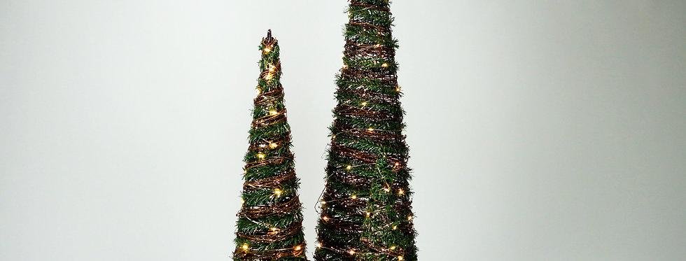 Kerstkegel verlicht groen + takken