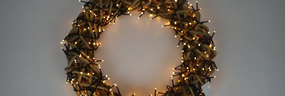 Kerstkrans verlicht rotan 50cm (350 lichtjes)