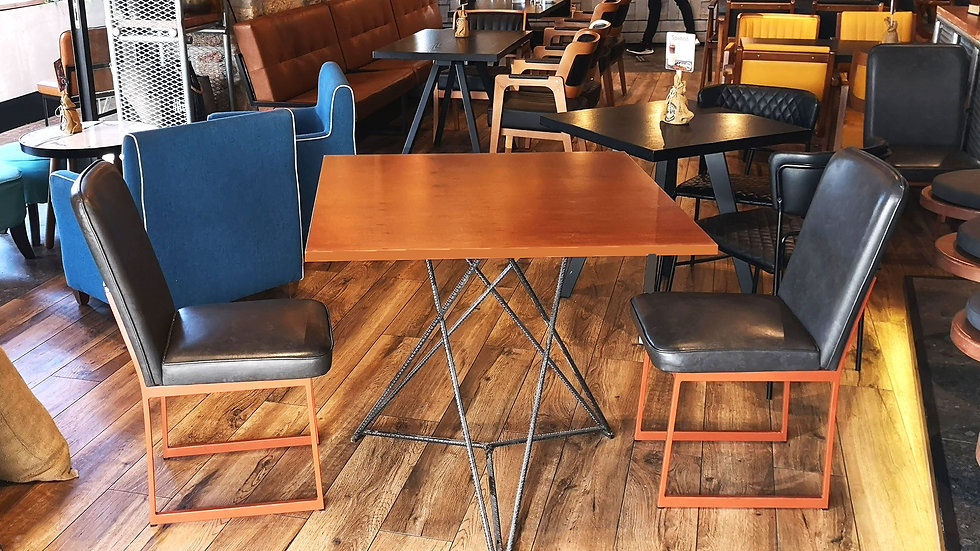 Star table mahogany front