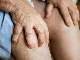 Dor anterior no joelho: causas e tratamento