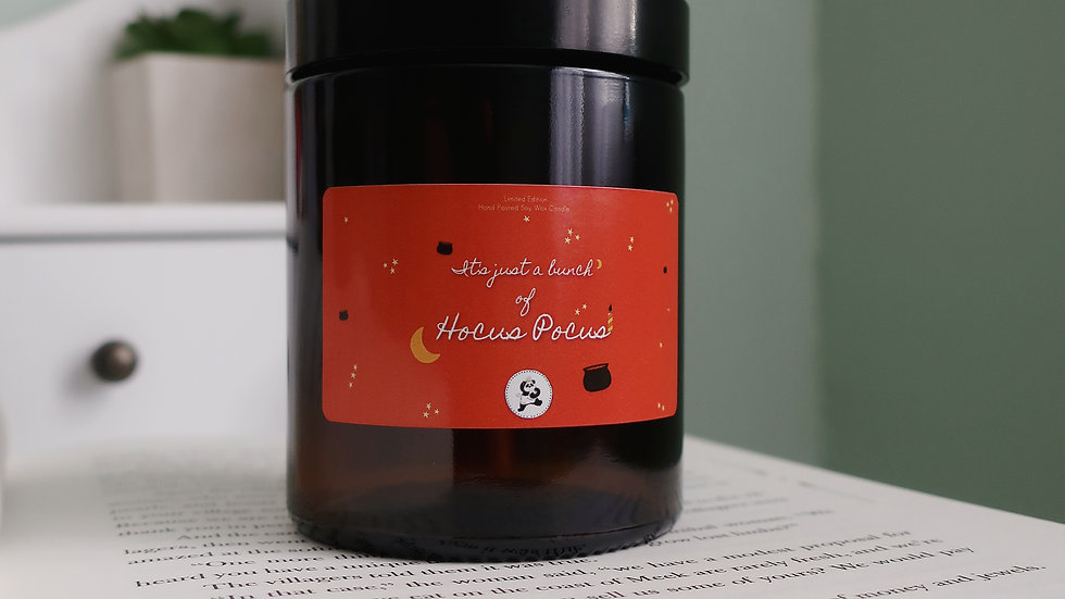 'Hocus Pocus' Inspired Candle - Warm Cinnamon Apple Scent