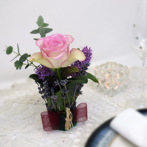 Single Flower Centrepiece