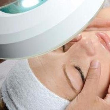 digital-skin-care-analysis-Calgary_edited.jpg
