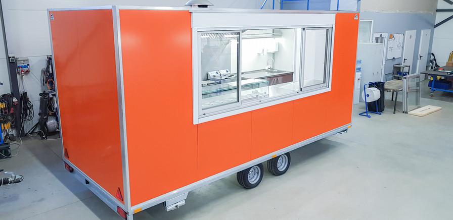 20191120_102431.jpgPrekybinė maisto priekaba, food trailer, maisto vagonėlis, maistovežis