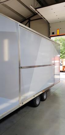 Prekybinė maisto priekaba, food trailer, maisto vagonėlis, maistovežis, iqos promo