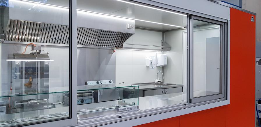 20191120_102029.jpgPrekybinė maisto priekaba, food trailer, maisto vagonėlis, maistovežis