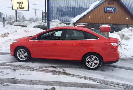 2012 Ford Focus SEL.jpg