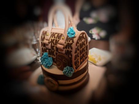 Gâteau d'anniversaire - Mention honorable à Karine cette pâtissière passionnée de desserts.