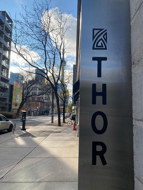 Thor 180 John Outdoor Signage.jpe