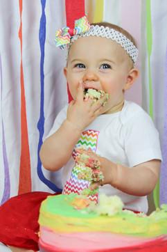 Pippa's Cake Smash-17.jpg