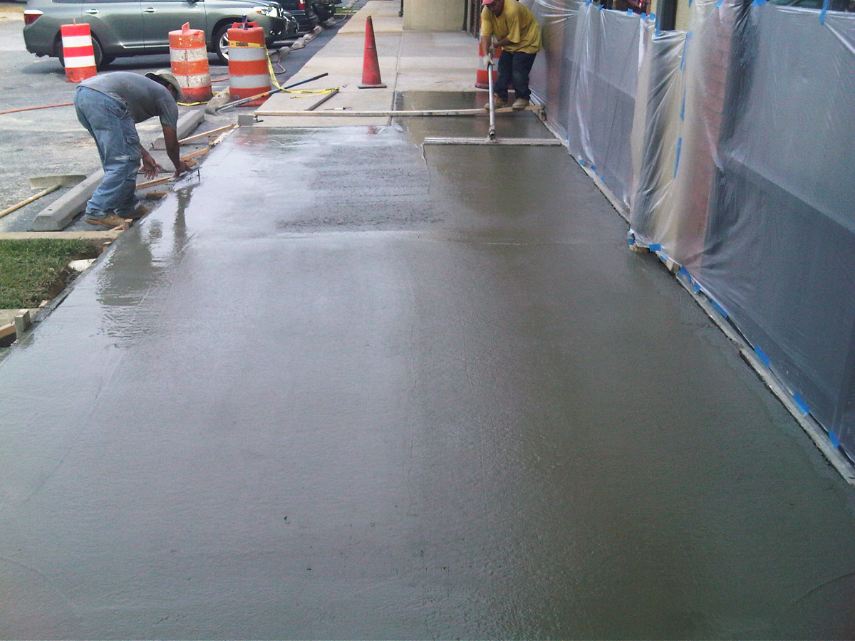 Concrete Sidewalk Pad