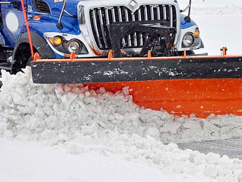 """Winter is Coming"" 4 Traits to Look For in your Snow Removal Contractor"