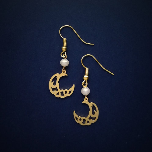 CRESCENT in Arabic earring