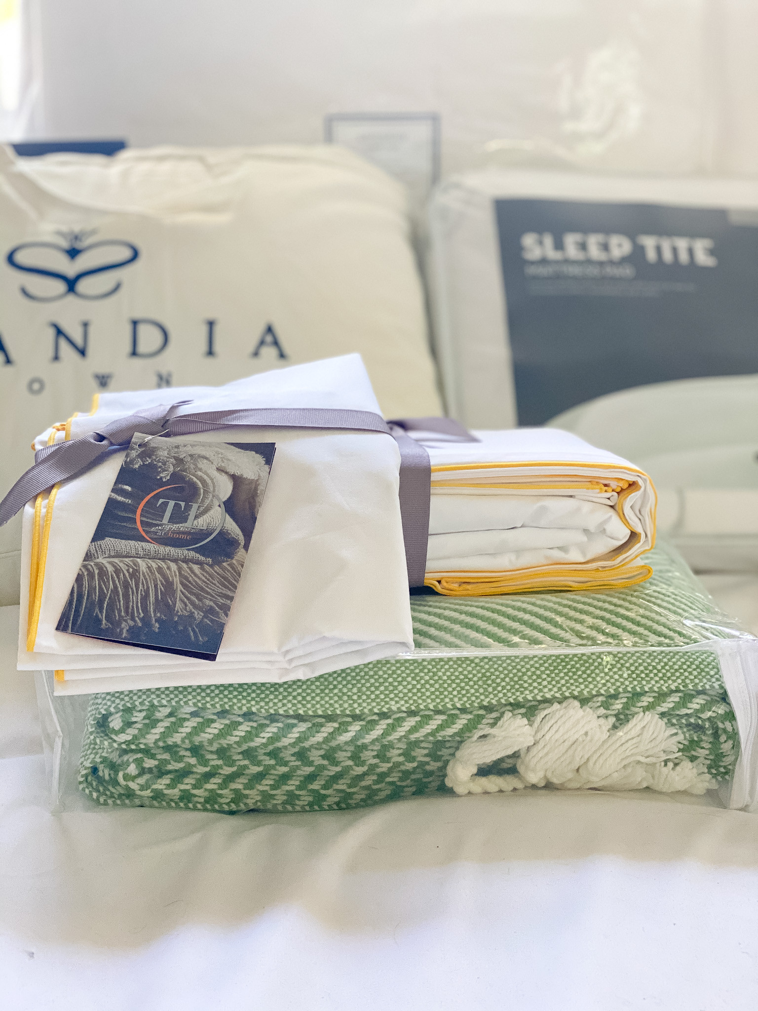 Bedding / Bed Styling Consultation