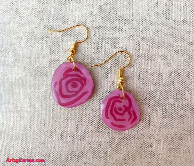 Use stickers to make earrings.