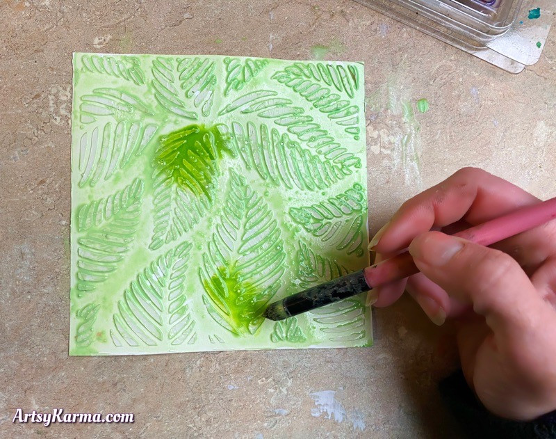 Creating watercolor backgrounds using texture medium