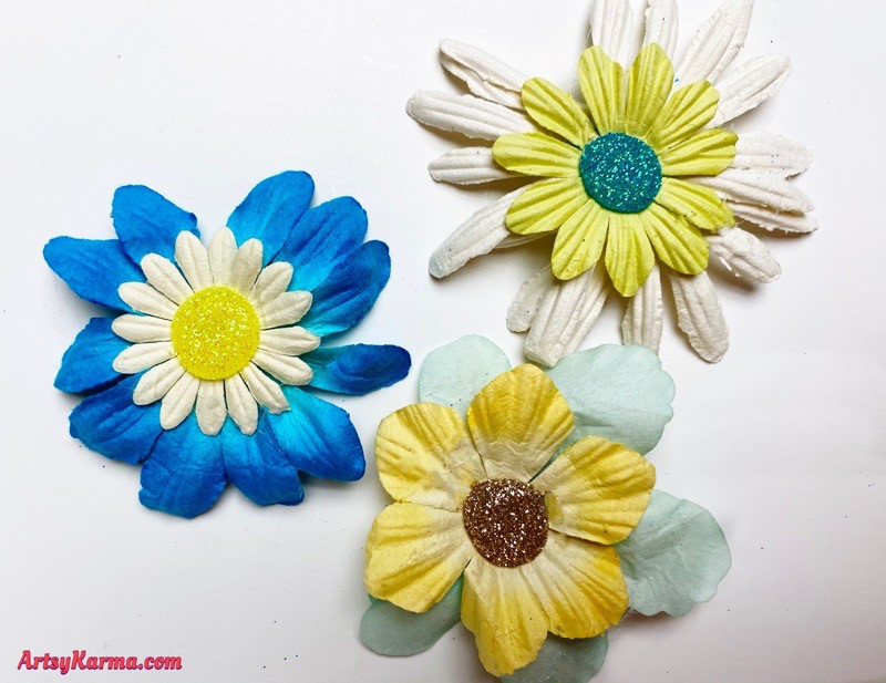 Make your own spring flowers decoration