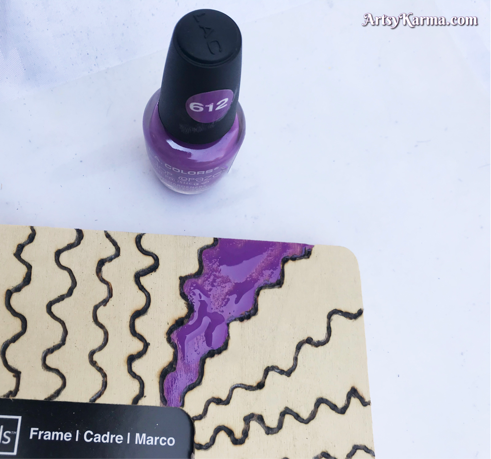 Using nail polish to paint diy picture frame