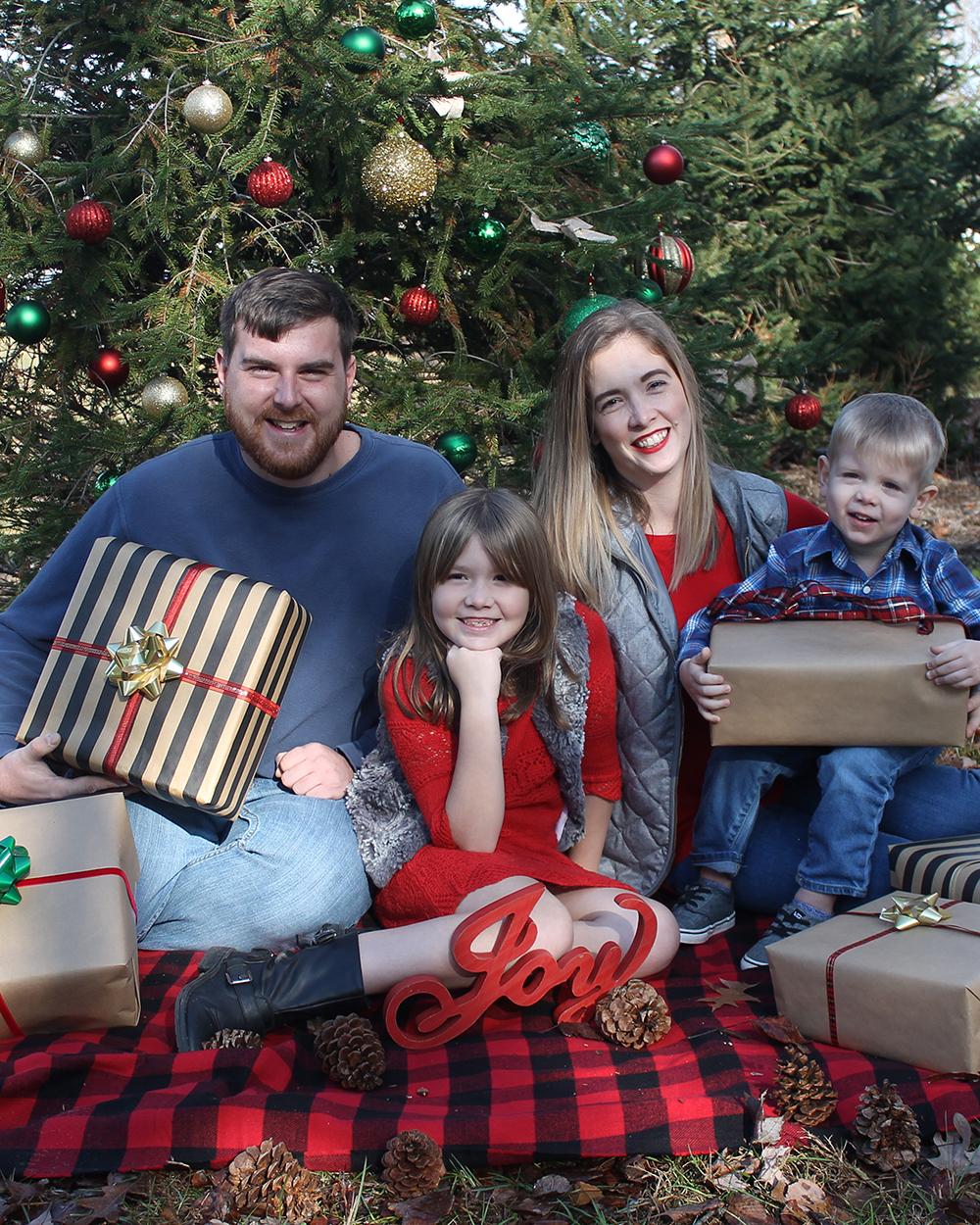 Holiday Family Photo