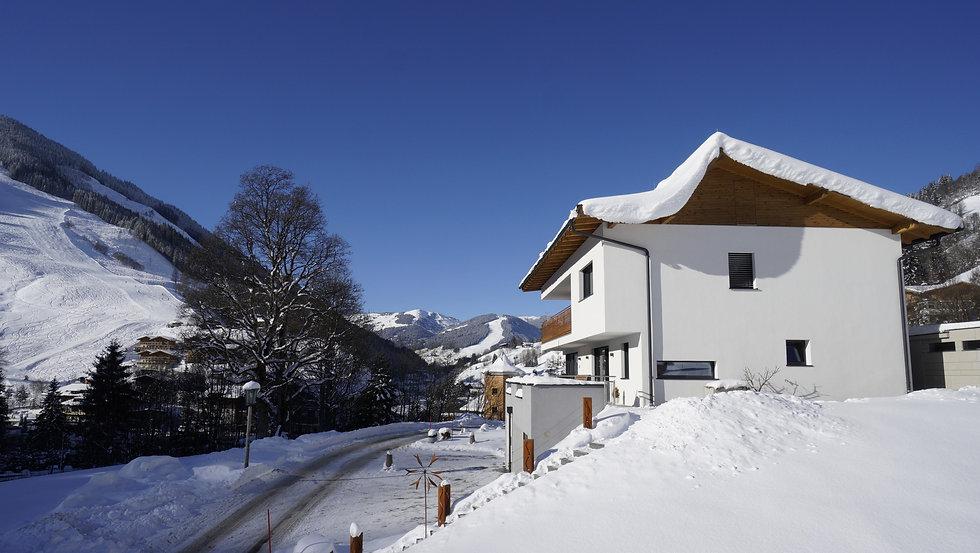 Ferienwohnung Saalbach Hinterglemm Leogang Fieberbrunn für 4 Personen Einzelappartement